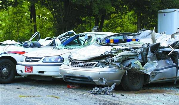 crushed-cars-40.jpg